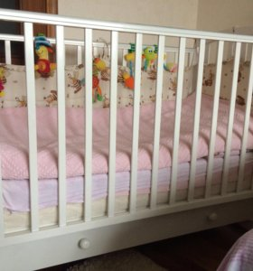 Кровать детская ганделян белая.