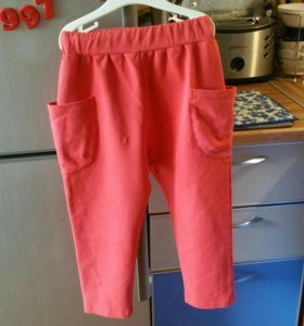 Джинсы h&m и спортивные штаны.
