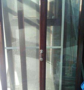 Оконые рамы со стеклом