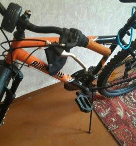 Велосипед горный 18 скоростей дисковые тормоза.