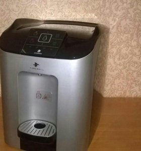 Автомат питьевой воды Ecomaster Cube