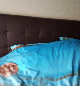 Кровать с подъемным механизмом и матрас