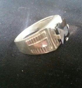 Серебрянное кольцо мужское