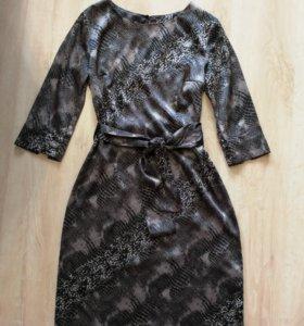 Платье Caractere 44р.