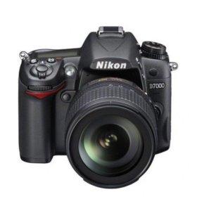 Новый Nikon D 7000 18-105 VR kit