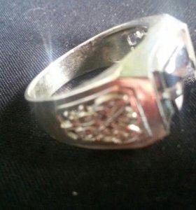 Серебрянное мужское кольцо