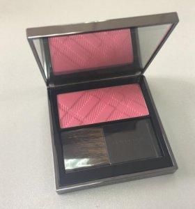 Новые Румяна Burberry 10 Hydrangea Pink