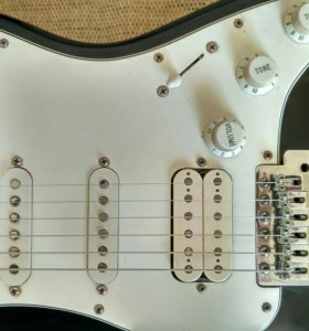 Fender stratocaster HSS Mexico
