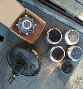 Вискомувта, вакуум, калпоки на диски