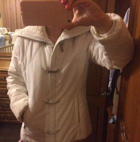 Демисезонная куртка, размер M