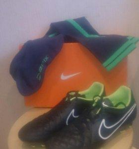 Бутсы (Nike)
