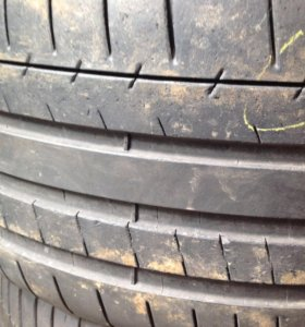255/35/19 Michelin,Dunlop