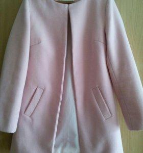Пальто тонкое- тренч