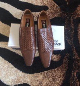 Мужские туфли 39 р