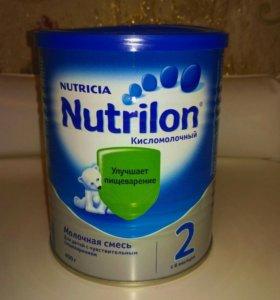Смесь Nutrilon 2 кисломолочный