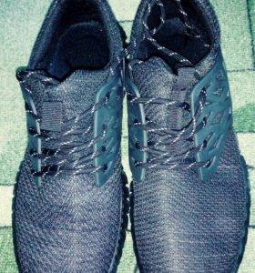 Кроссовки мужские,размер 42,5