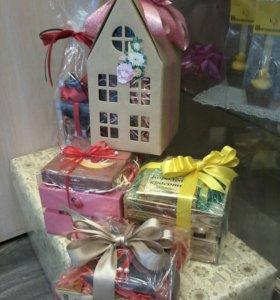 Подарочные наборы с чаем,кофе и шоколадом от 1000