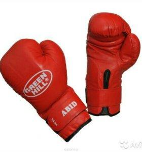 Боксерские перчатки - Новье