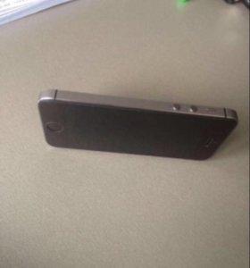 Продаю айфон