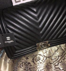 сумки Chanel CHANEL BOY