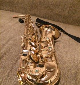 Японский саксофон- Альт