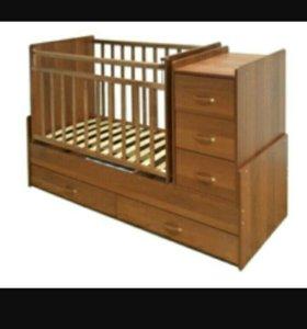 Кроватка с комодом