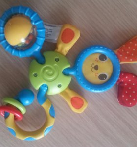 Развивающая игрушка-погремушка