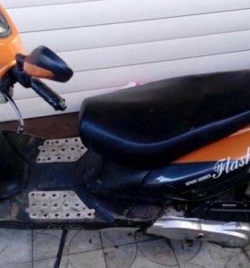 Скутер флеш 150