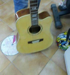 Гитара maderina