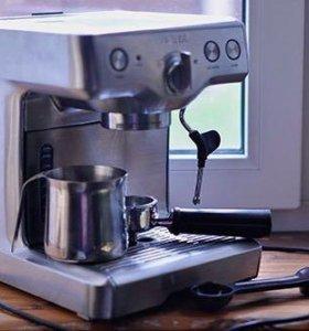 Кофемашина BORK C800 (CM EMN 9922 BK)