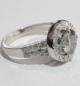 Золотое бриллиантовое кольцо