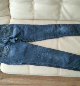 джинсы женские М