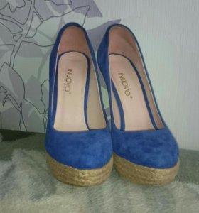 Продаю туфли почти новые одевала один раз
