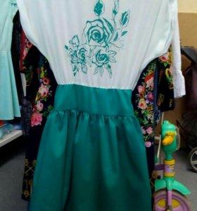 Платье каждое по 500р или обмен