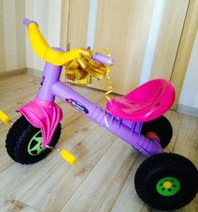 Новый детский трехколёсный велосипед