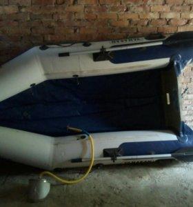 Лодка надувная Ямаран А300