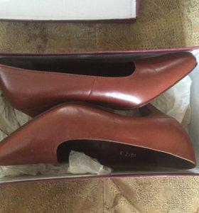 Кожаные туфли 34,5 размер НОВЫЕ