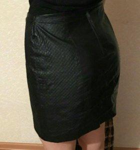 H&m юбка кож.зам и пальто
