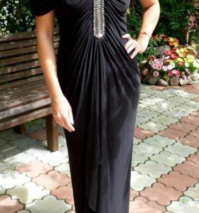 Платье с декоративной отделкой