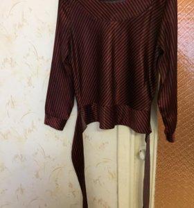 Блузка атласная размер 50-52