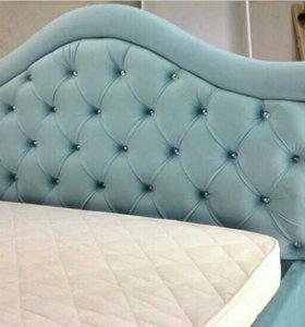 Кровать Моника с мягким кантом