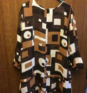 Блуза, немного прозрачная, состояние отличное.
