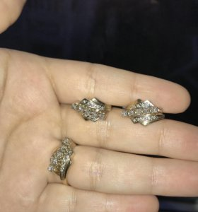 Золото. Кольцо с серьгами комплект бриллиантовый