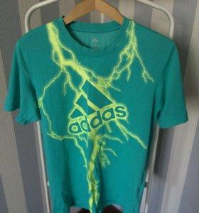 Набор из 2 футболок ADIDAS и REEBOK