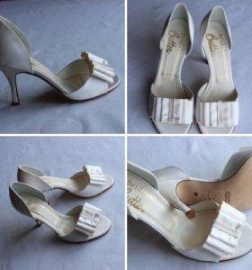 Новые свадебные туфли Италия 37