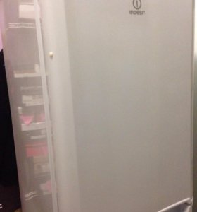 Холодильник морозильник Indesit