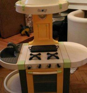 Детская кухня большая