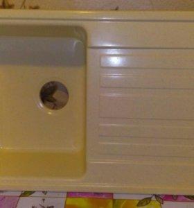 Продам кухонную мойку из керамо гранита