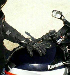 Kawasaki zx-10 tomkat 1990 год