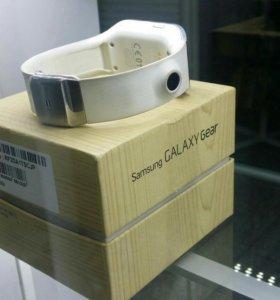 Умный часы samsung gear